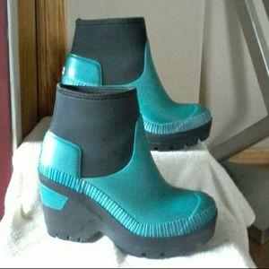 Hunter boots    MAKE REASONABLE OFFER ☺